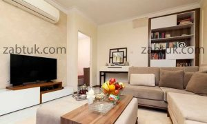 استفاده از میز تلویزیون سفید در طراحی نشیمن